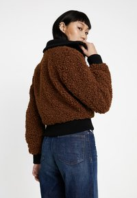 Diesel - L-TOSHA GIACCA - Winter jacket - brown