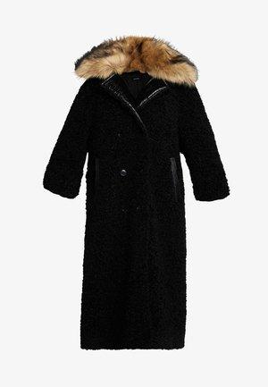 CAPPOTTO - Płaszcz zimowy - black
