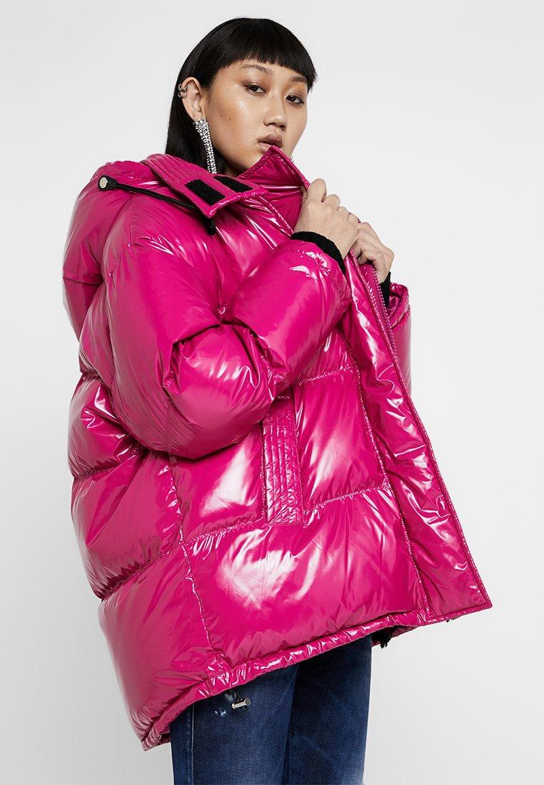 Diesel - W-ALLA GIACCA - Kabát zprachového peří - pink