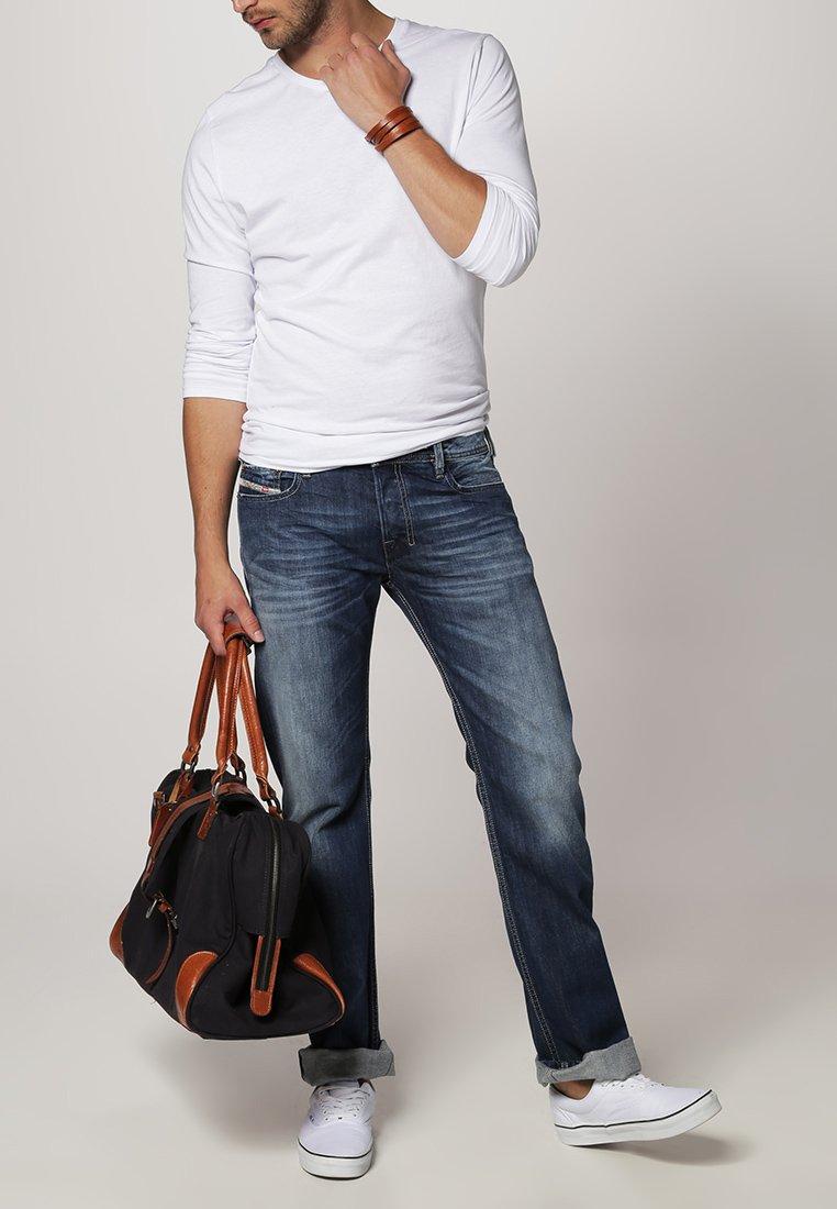 Diesel - ZATINY - Bootcut jeans - 8XR