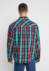 Diesel - GERRY CHECK SHIRT - Shirt - green - 2