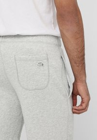 Diesel - UMLB-PAN SHORTS - Shorts - grey - 5