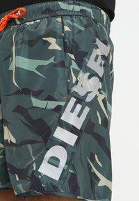 Diesel - BMBX-SEASPRINT SW - Kraťasy - camouflage - 3
