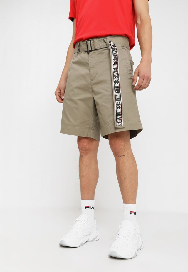 P-TOSHI-SHORT SHORTS - Shorts - kaki