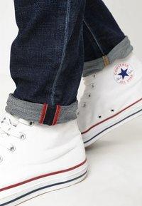 Diesel - TEPPHAR - Slim fit jeans - 087at - 6