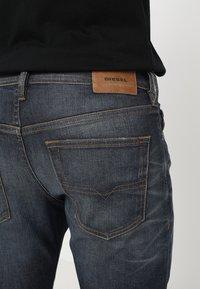 Diesel - BUSTER - Jeans Tapered Fit - dark blue - 5