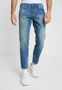 Diesel - LARKEE-BEEX - Straight leg jeans - 089aw - 0