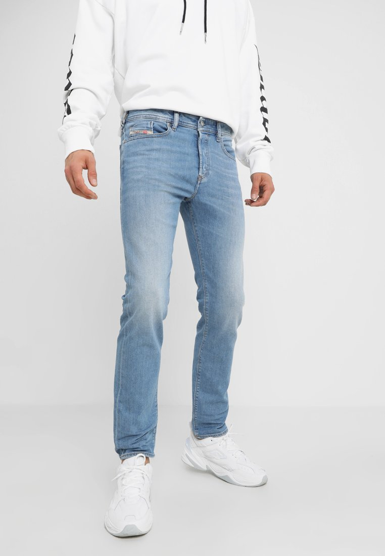 Diesel - BUSTER - Jeans Tapered Fit - 087aq