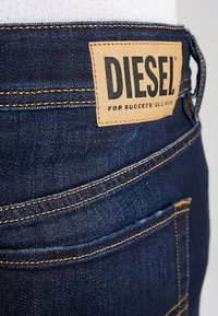 Diesel - SLEENKER - Jeans Skinny - 083aw - 5
