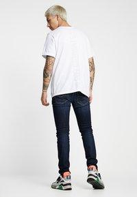 Diesel - SLEENKER - Jeans Skinny - 083aw - 2