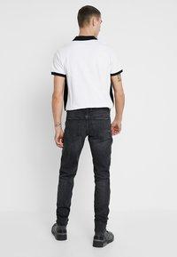 Diesel - SLEENKER - Jeans Skinny - 084at - 2