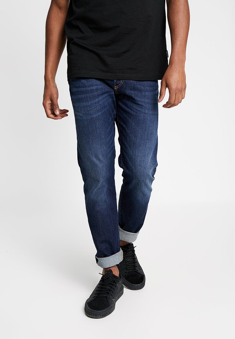 Diesel - D-BAZER - Jeans Tapered Fit - 082ay