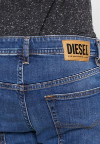 Diesel - BUSTER - Straight leg jeans - 082az - 5