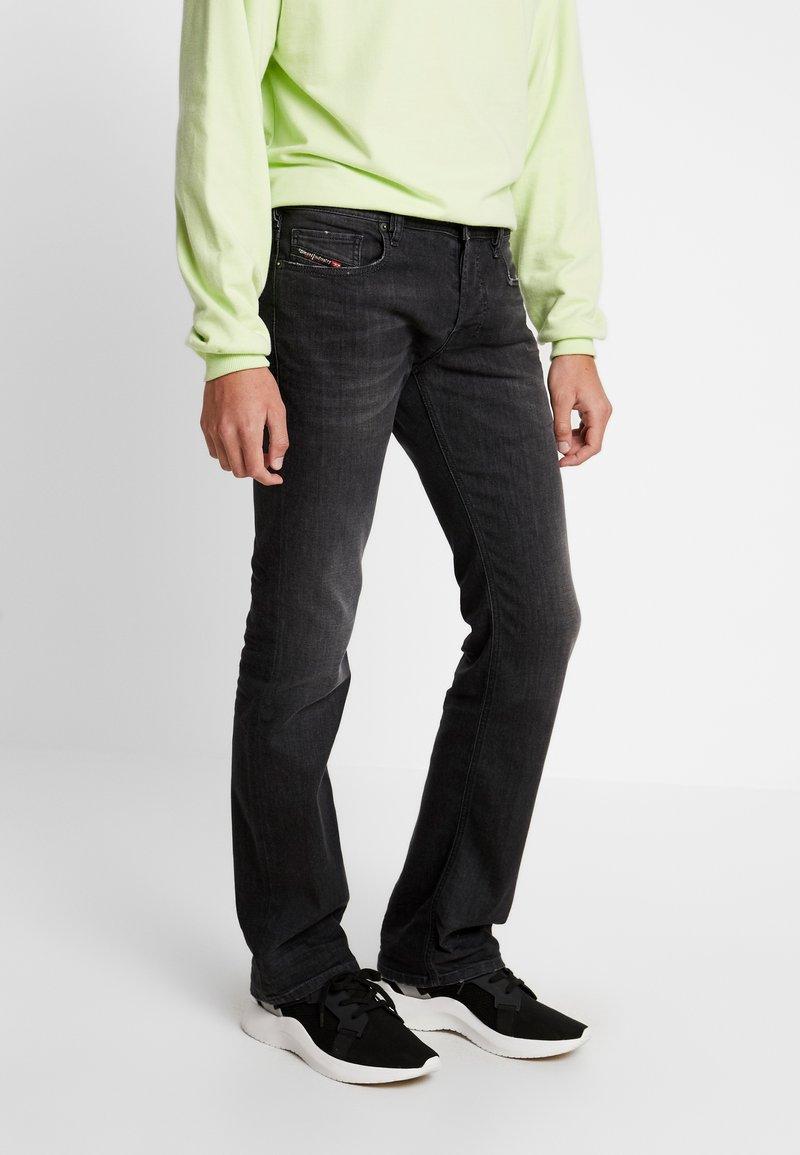 Diesel - ZATINY - Jeans Bootcut - 082as