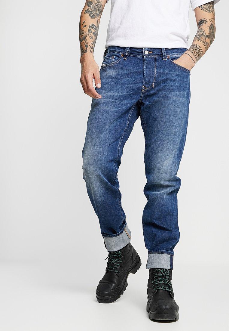 Diesel - LARKEE-BEEX - Jeans Straight Leg - 082az