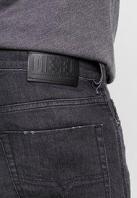 Diesel - TEPPHAR - Jeans slim fit - 082as - 3