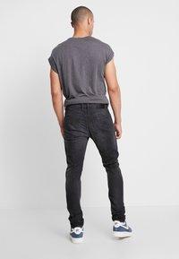 Diesel - TEPPHAR - Jeans slim fit - 082as - 2
