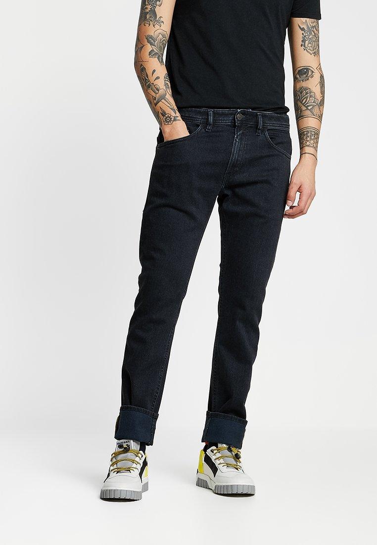 Diesel - THOMMER - Jeans Slim Fit - 084nk