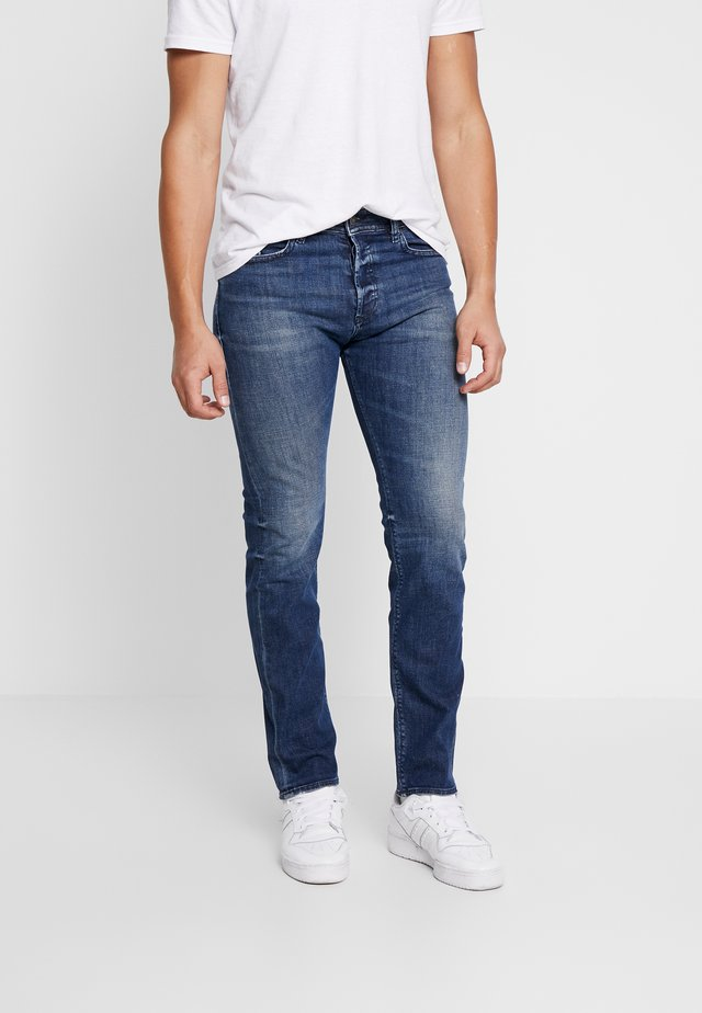 BUSTER - Slim fit jeans - blue denim
