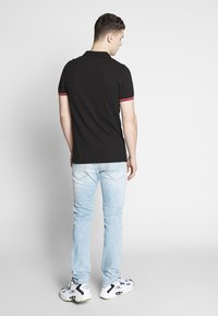 Diesel - THOMMER-X - Slim fit jeans - 0096c01 - 2
