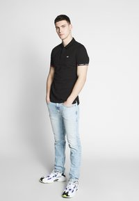 Diesel - THOMMER-X - Slim fit jeans - 0096c01 - 1