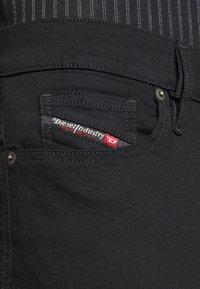 Diesel - D-ISTORT - Jeans Skinny - black denim - 6