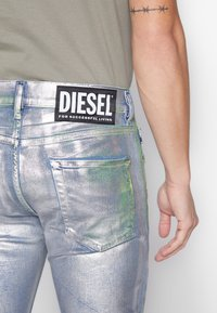 Diesel - Slim fit jeans - silver - 5