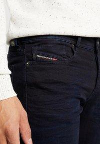 Diesel - SLEENKER - Jeans Skinny - 0095X01 - 5