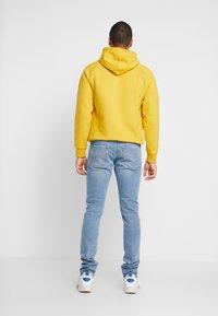 Diesel - TEPPHAR-X - Slim fit jeans - 0096y01 - 2