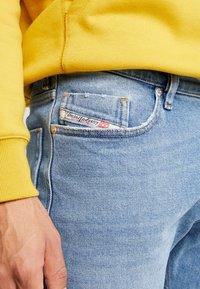 Diesel - TEPPHAR-X - Slim fit jeans - 0096y01 - 5