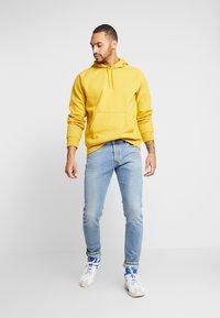 Diesel - TEPPHAR-X - Slim fit jeans - 0096y01 - 1