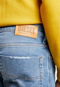 Diesel - TEPPHAR-X - Slim fit jeans - 0096y01 - 3