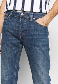 Diesel - SAFADO-X - Jeans a sigaretta - cn03601 - 5