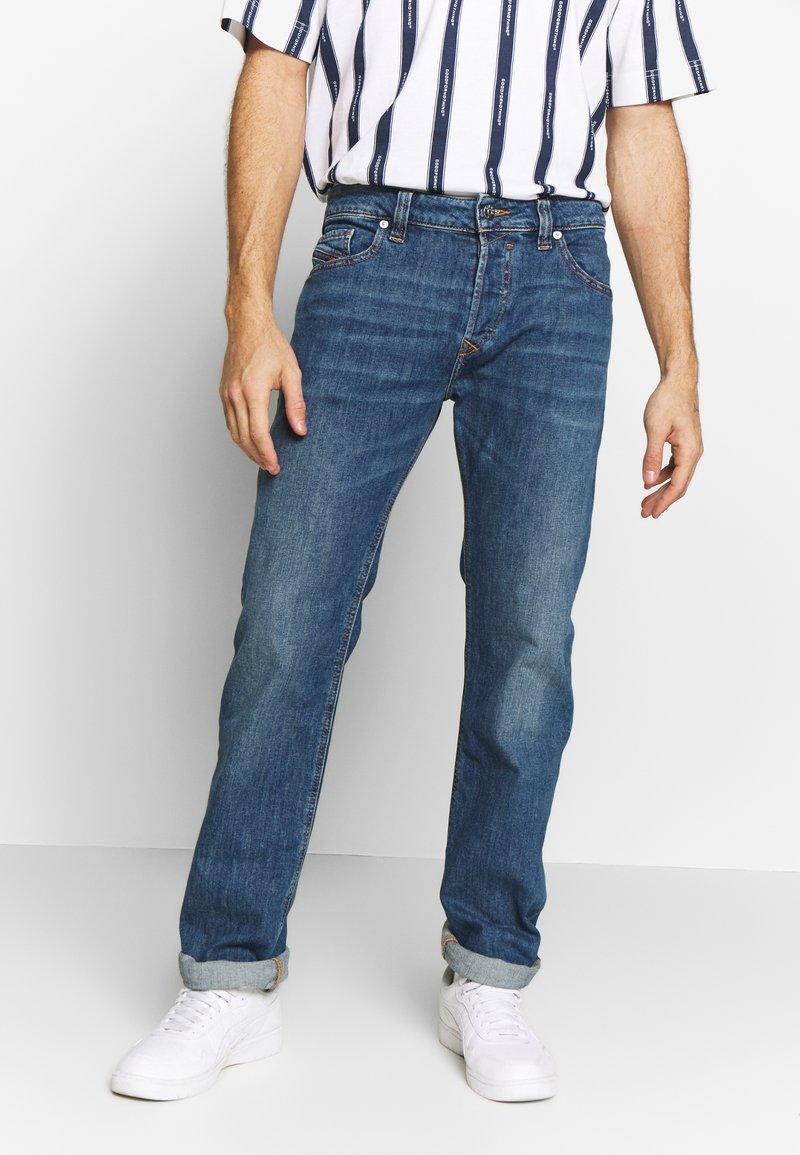 Diesel - SAFADO-X - Jeans a sigaretta - cn03601