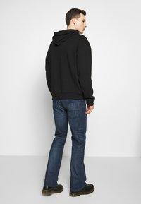 Diesel - ZATINY - Jeans Bootcut - dark blue denim - 2