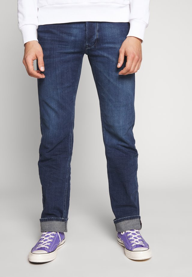 LARKEE - Straight leg jeans - dark-blue denim