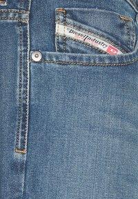 Diesel - LARKEE-X - Straight leg jeans - 009ei - 2