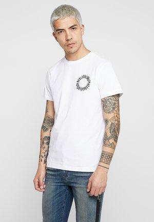 T-DIEGO-A12 T-SHIRT - T-shirt med print - white