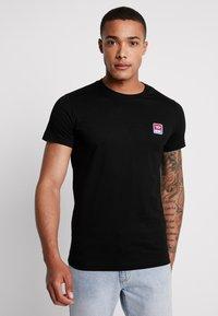 Diesel - T-DIEGO-DIV T-SHIRT - T-Shirt basic - black - 0