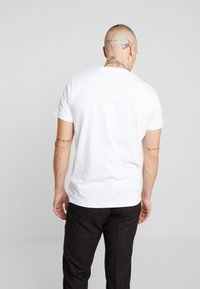 Diesel - T-DIEGO-A1 T-SHIRT - T-shirt med print - white - 2