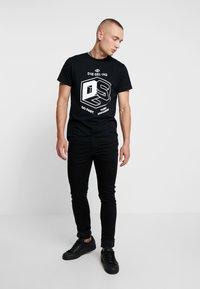 Diesel - T-DIEGO-A3 T-SHIRT - T-shirts med print - black - 1