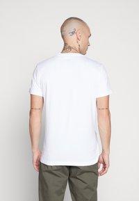 Diesel - DIEGO - T-shirt con stampa - white - 2