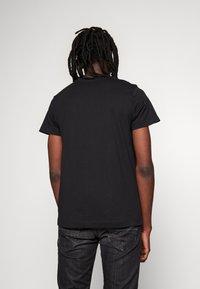 Diesel - T-DIEGO-S1 T-SHIRT - T-shirt imprimé - black - 2