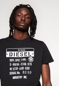 Diesel - T-DIEGO-S1 T-SHIRT - Printtipaita - black - 4