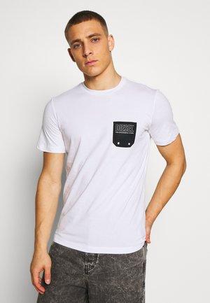 BMOWT DIEGO - T-shirt con stampa - white