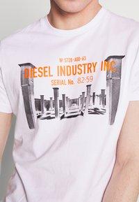 Diesel - DIEGO - Printtipaita - white - 4
