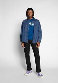 Diesel - T-DIEGO-LOGO T-SHIRT - T-shirt con stampa - blue - 1