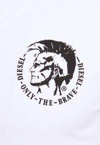 Diesel - UMTEE RANDALTHREEPACK - T-shirt print - white/dark blue/black - 7