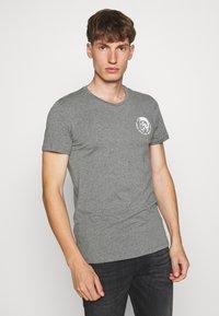 Diesel - UMTEE RANDALTHREEPACK - T-shirts print - black/green/grey - 1