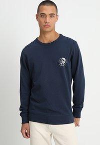 Diesel - UMLT-WILLY SWEAT-SHIRT - Sweater - blau - 0